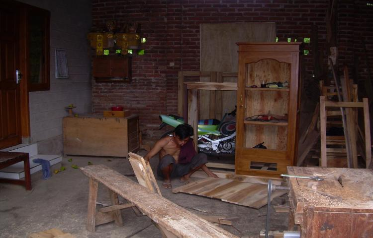 Furniture-Kayu-Jati.html